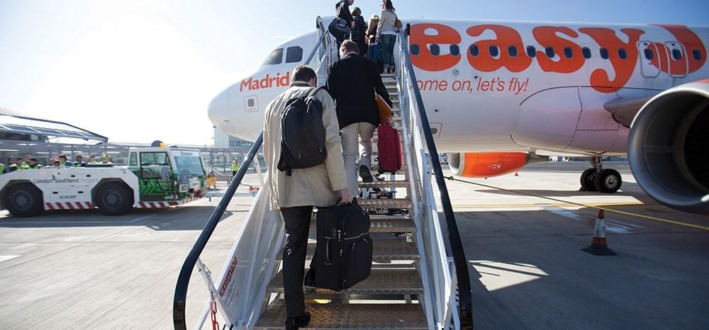 Flight-Review-April-2014-Easyjet-LGW-to-LYS-Boarding.jpg