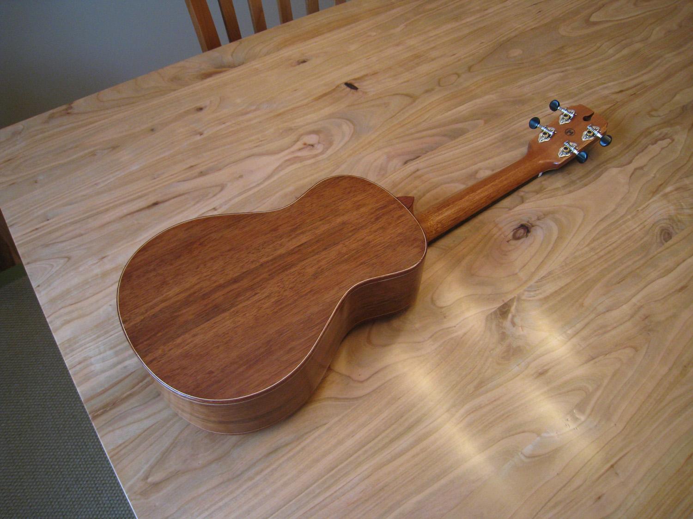 mustguitars-ukulele-blakes4-comp (6).JPG