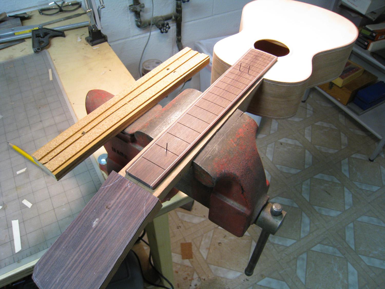mustguitars-ukulele-blakes4-const (13).JPG
