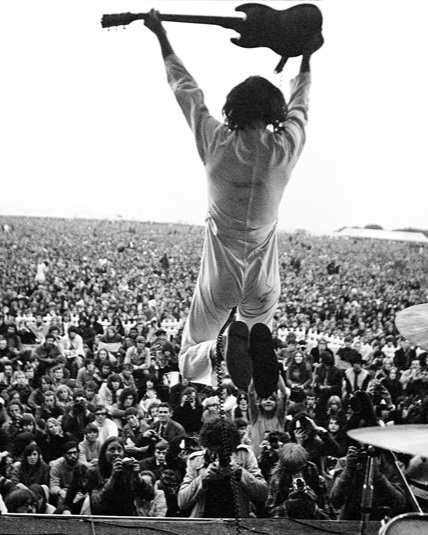 Pete Townshend, of The Who, in full cry during their IoW 1969 set.