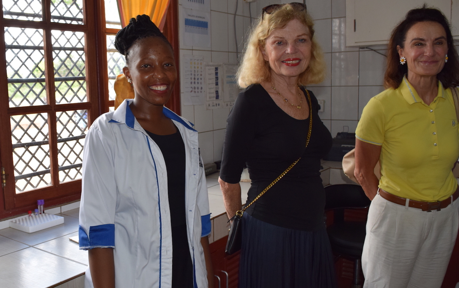 The guests visited the laboratory