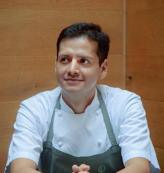 CHEF    JORGE VALLEJO   Chef Jorge Vallejo and his wife Alejandra Flores are the power couple behind Mexico City's incredibly successful restaurant Quintonil ,  the current number 11 on the World's 50 Best Restaurants list…