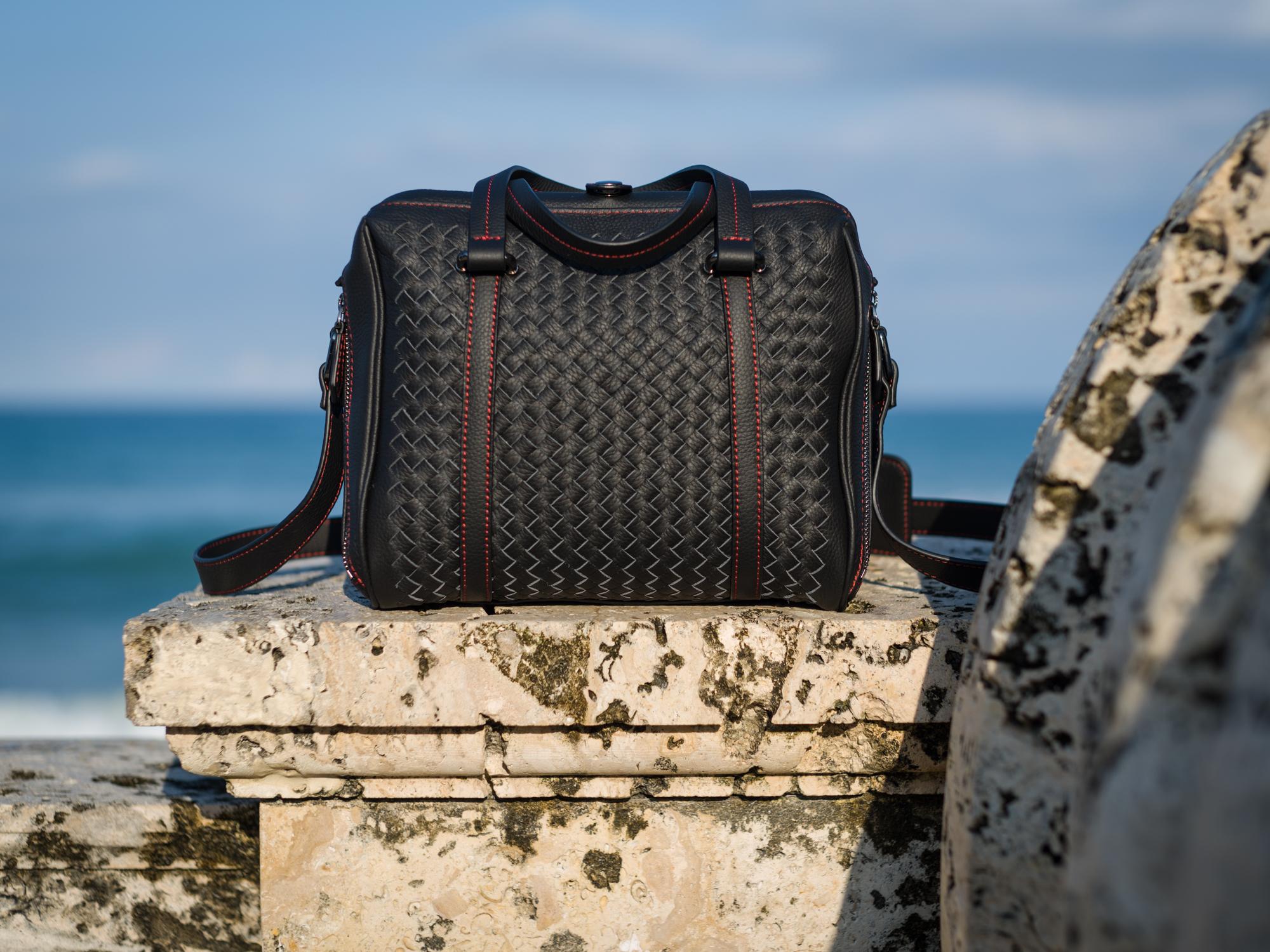 Vi Vante Calibre Camera bag hand woven Palm Beach 2.jpg