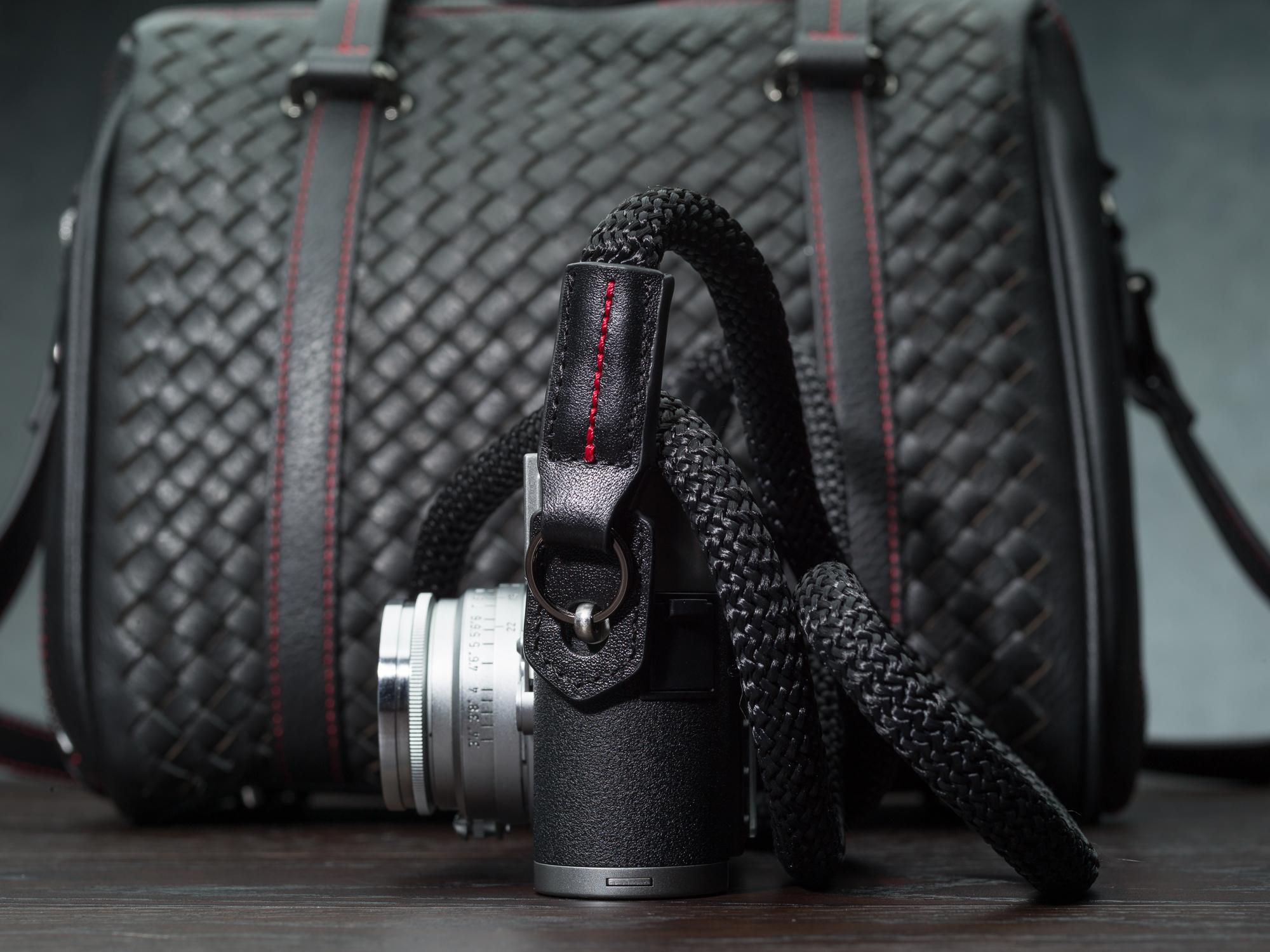 Vi vante black sheetline rope camera strap Leica M9 Calibre Bag_.jpg