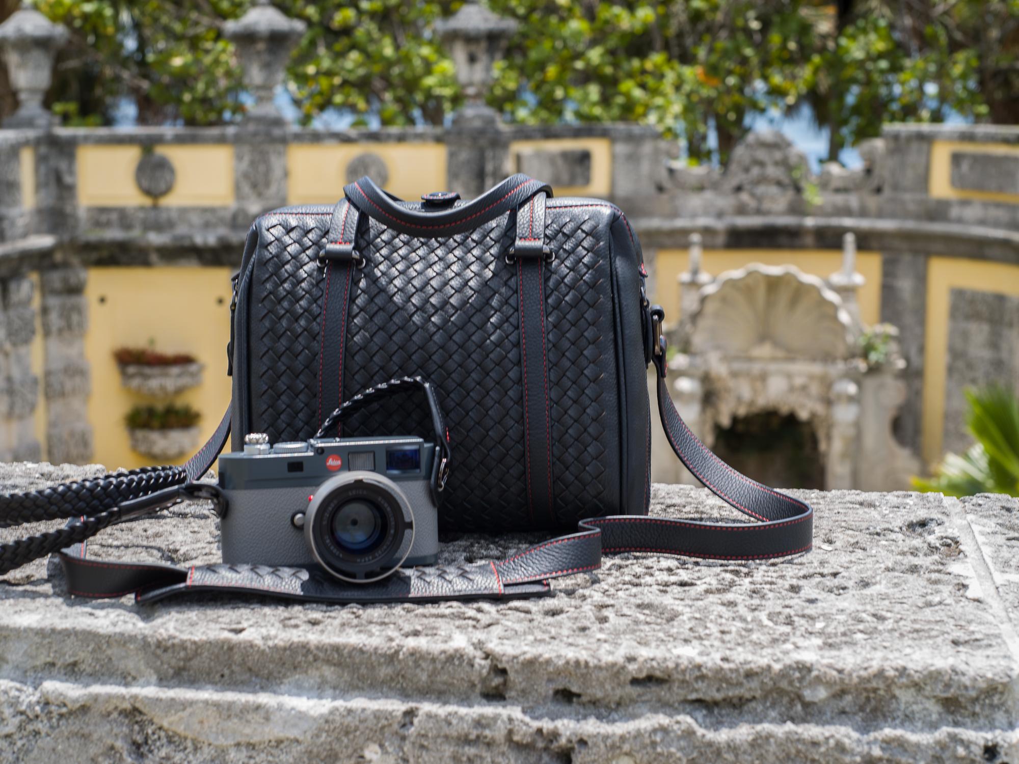 Vi Vante Calibre camera bag Tiger Strap 2 Leica ME.jpg