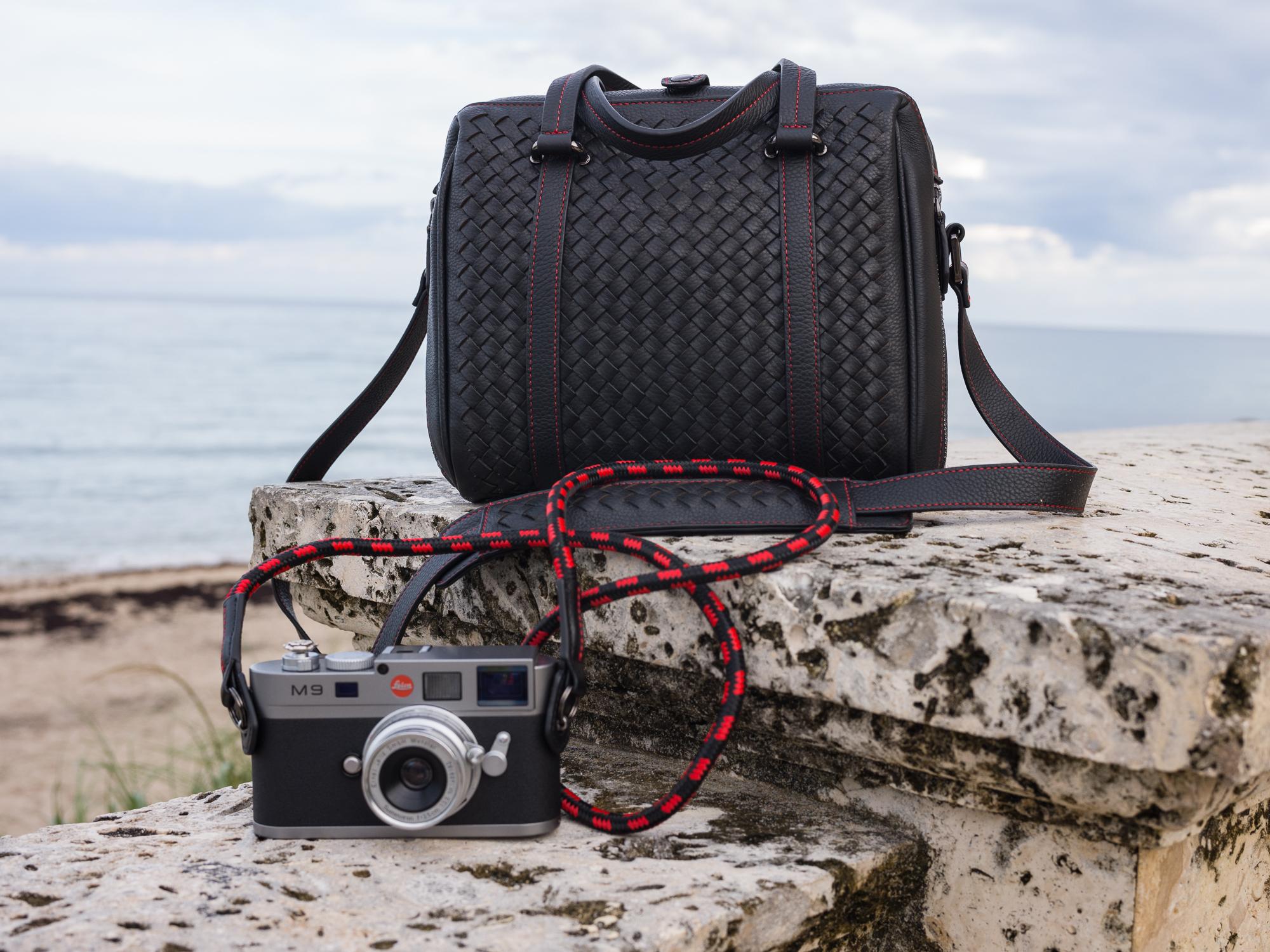 Vi Vante Cliffhanger rope camera strap calibre bag leica m9.jpg