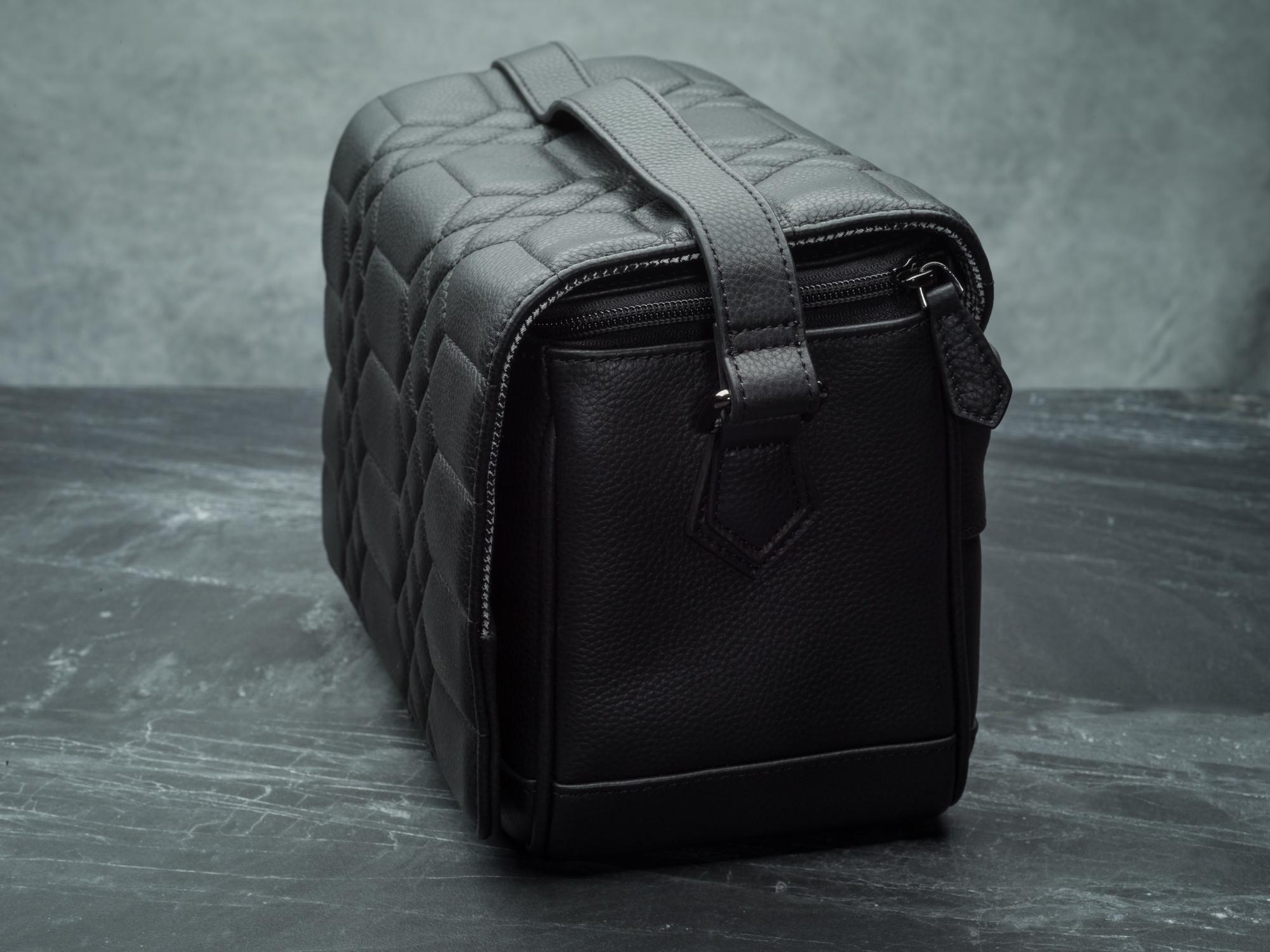 Vi Vante Pegasus leather camera bag side.jpg