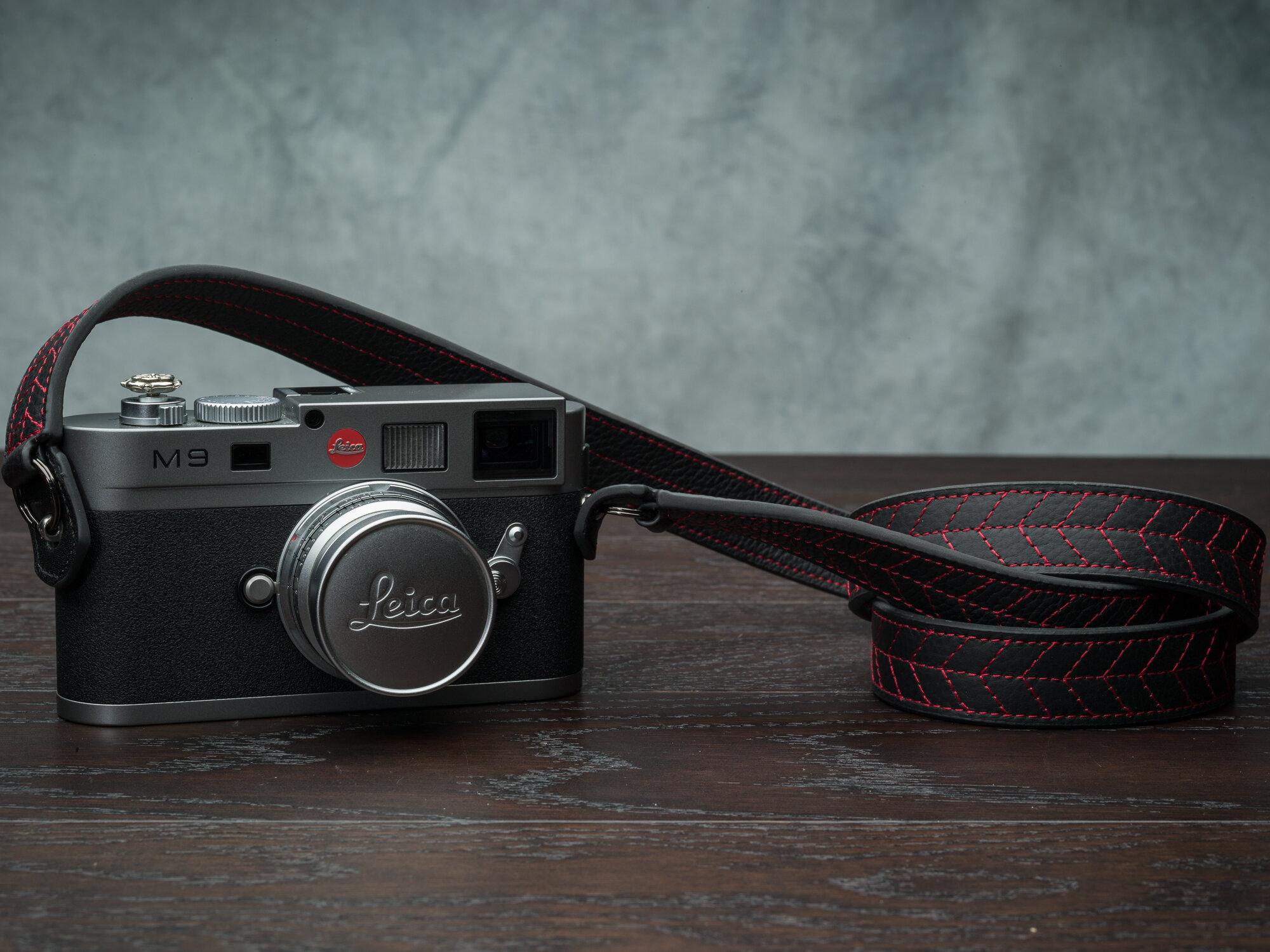 Vi Vante Tread Classic Leather Camera Strap Leica M9 1.jpg