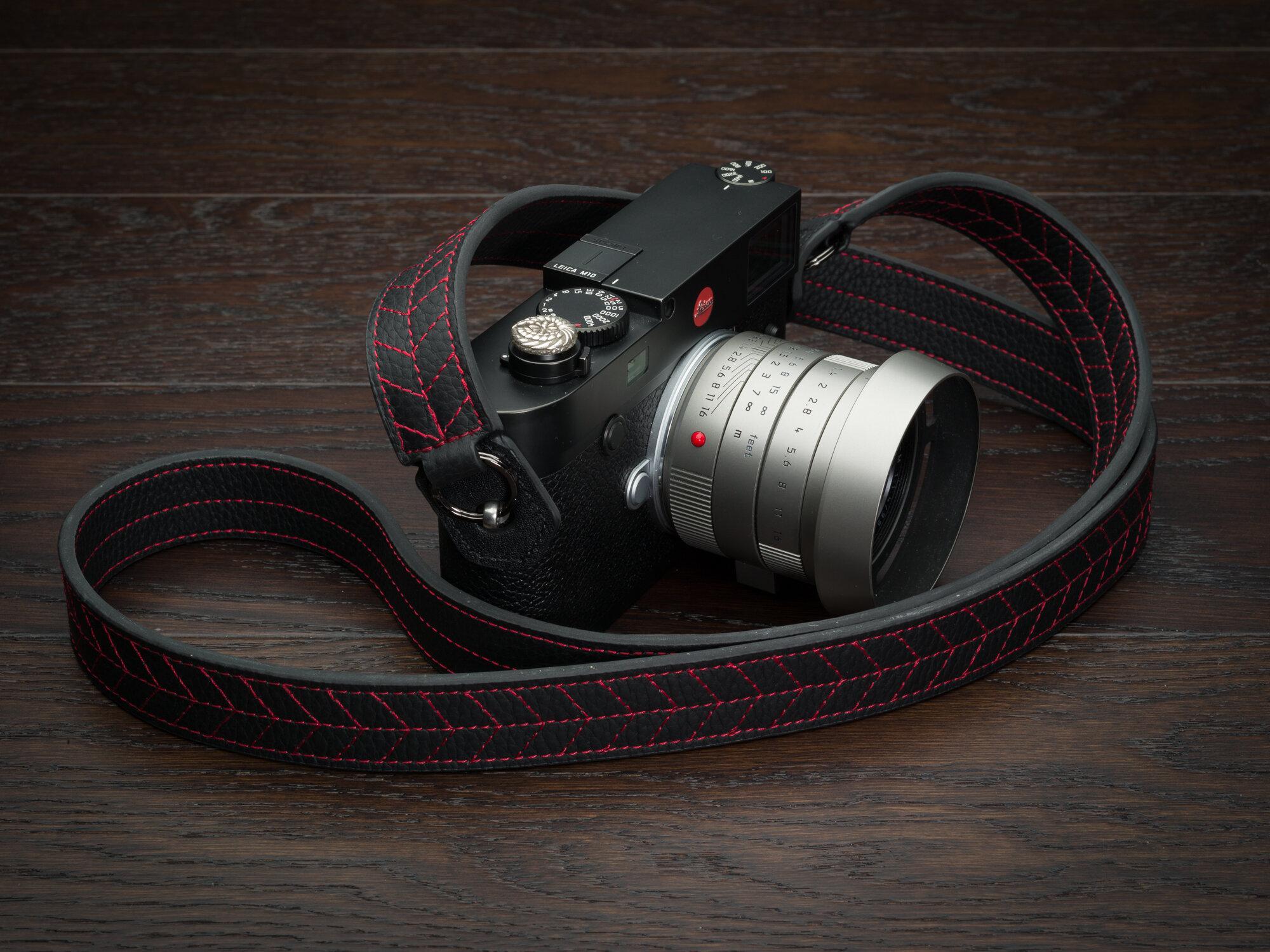 Vi Vante Tread Classic Leather Camera Strap Leica M10 4 garuda.jpg