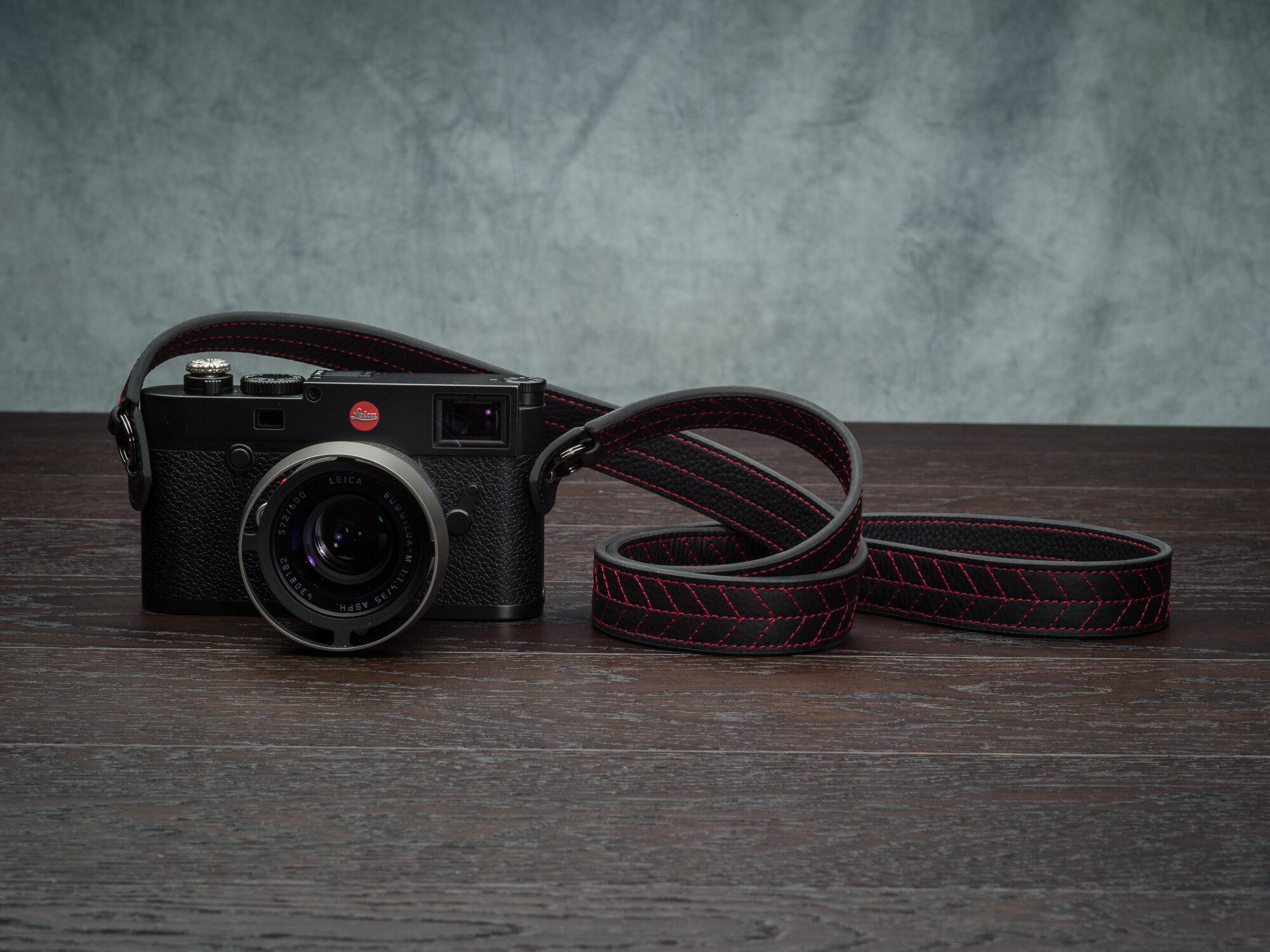 Vi Vante Tread Classic Leather Camera Strap Leica M10 6.jpg