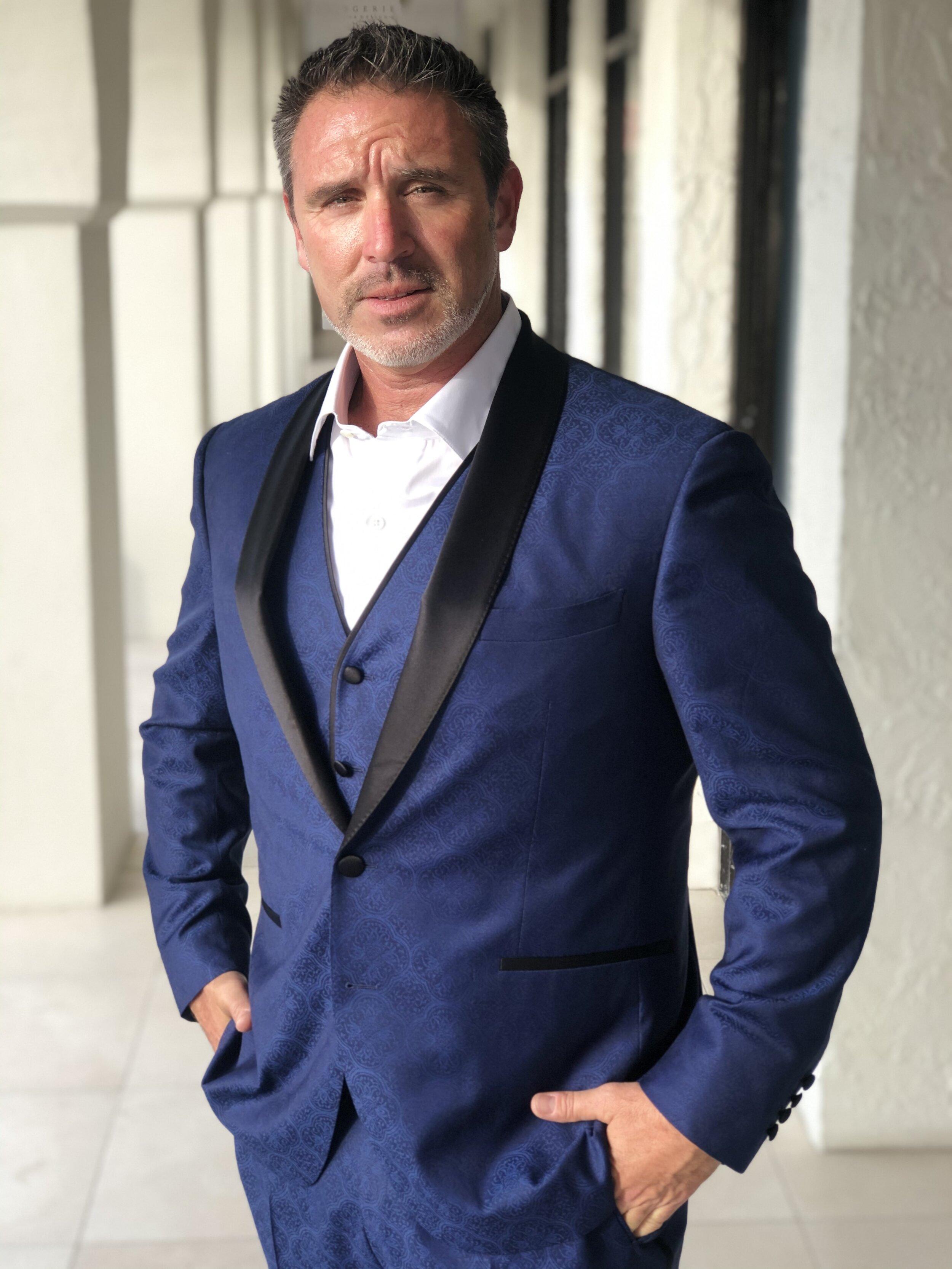 The James Bond Style Blue Tuxedo Jt Vinson