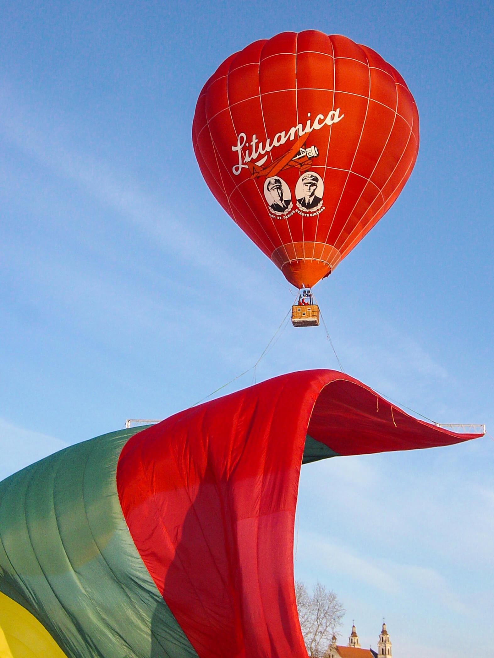 abstract-stylist-hot-air-balloons 14.jpg