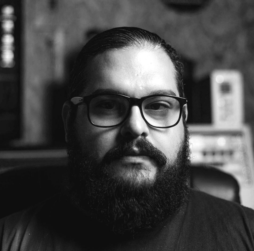 MARCOS FRANCO  Produtor musical, executou junto com Vaz a gravação do quarteto e fez a pós produção da trilha sonora (mixagem e masterização).