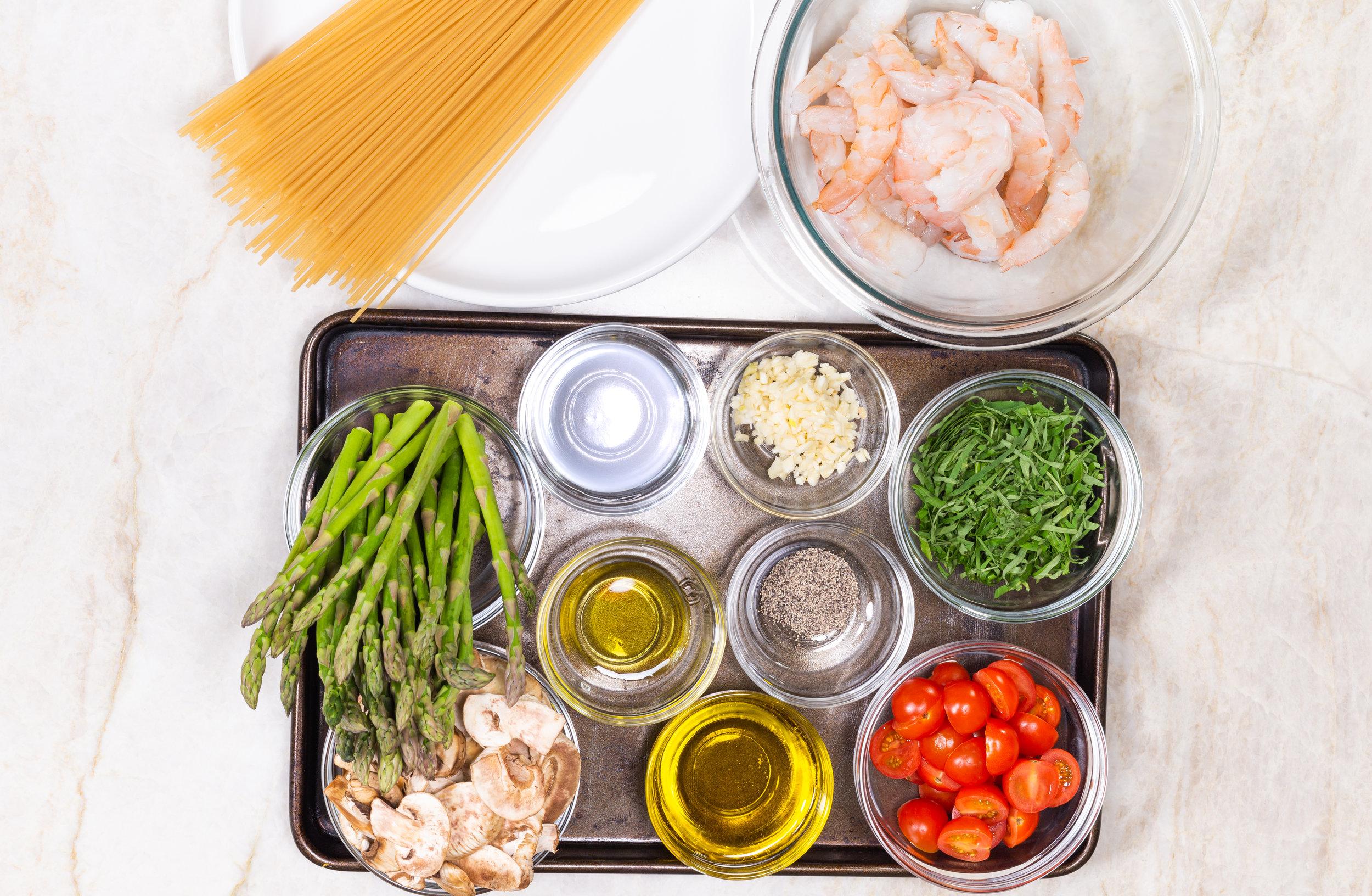Karina Heinrich_Shrimp & Veggies with Brown Rice Linguine Ingredients 1 2019.jpg.jpg