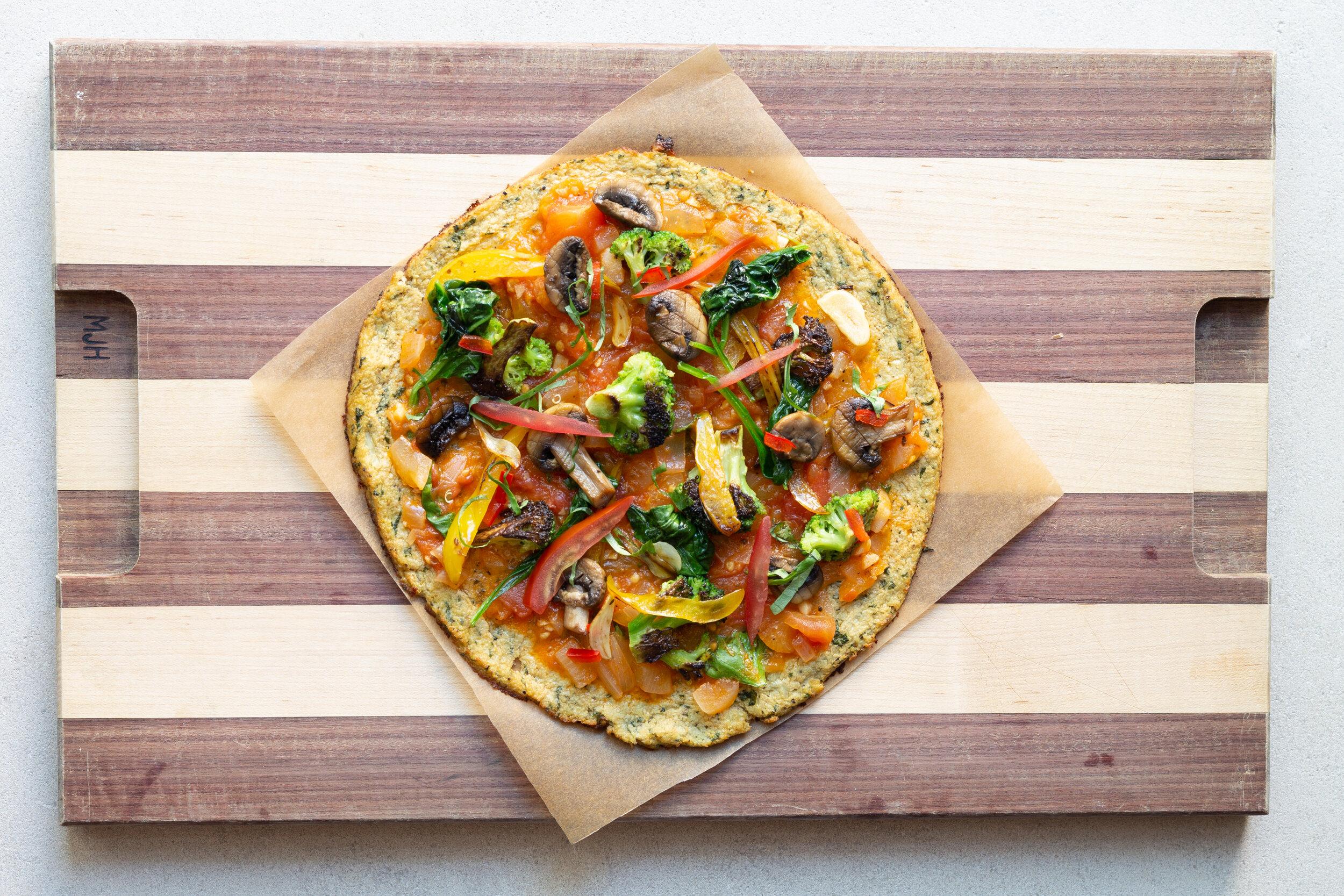 Karina Heinrich_Veggie Pizza with Cauliflower Crust 2019.jpg