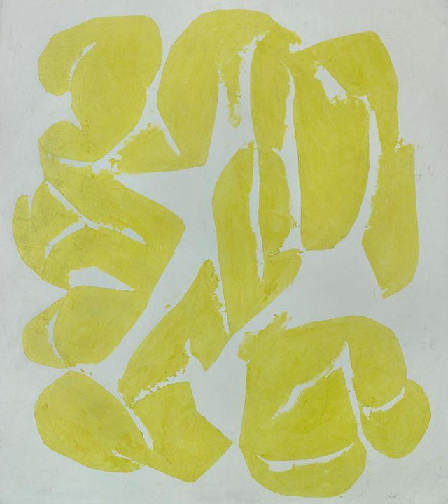 Papillons 🦋 —————————– ◦ ◦ ◦ #simonhantai #french #conceptual #art #artist modernart #aesthetic #mood #papillon #artsy #lemonyellow #brightyellow #contrast #summercolor