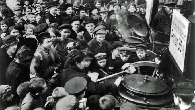 Germans in the street clamoring for soup.  Historical photo courtesy of The Times, United Kingdom.