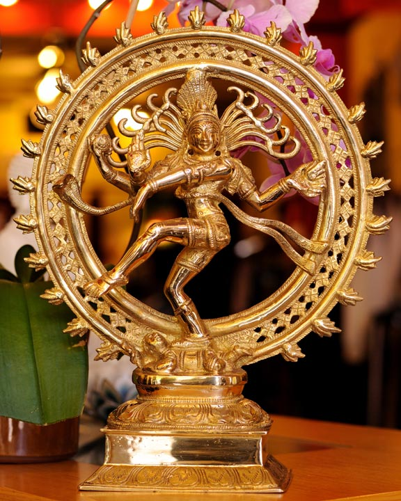Shiva Nataraja - Dieu hindu de la Danse et du Rythme Cosmique