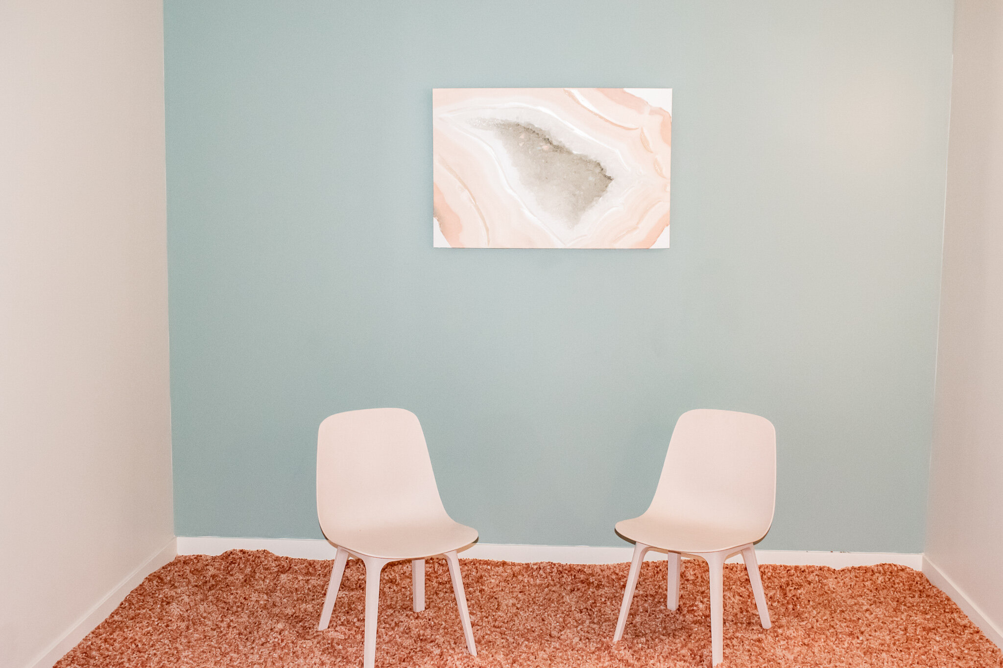 Kids Room chairs and pictures.jpg