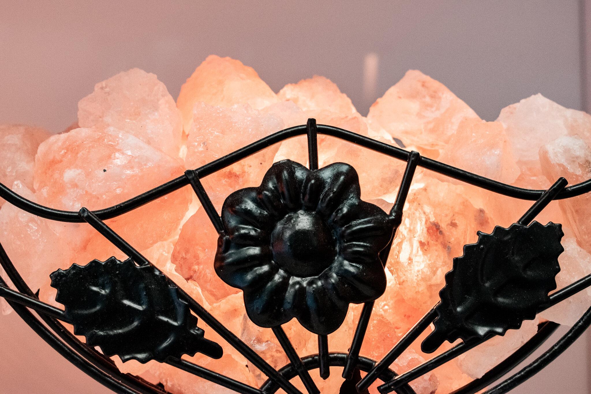 Wire Salt Lamp Basket.jpg