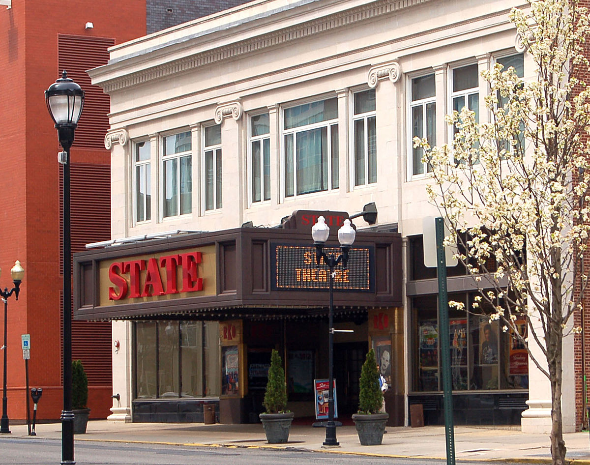 1200px-State_Theatre_NJ.jpg