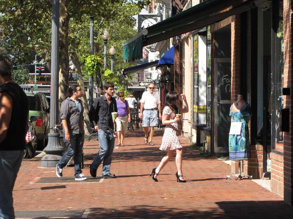 shoppers-3.jpg