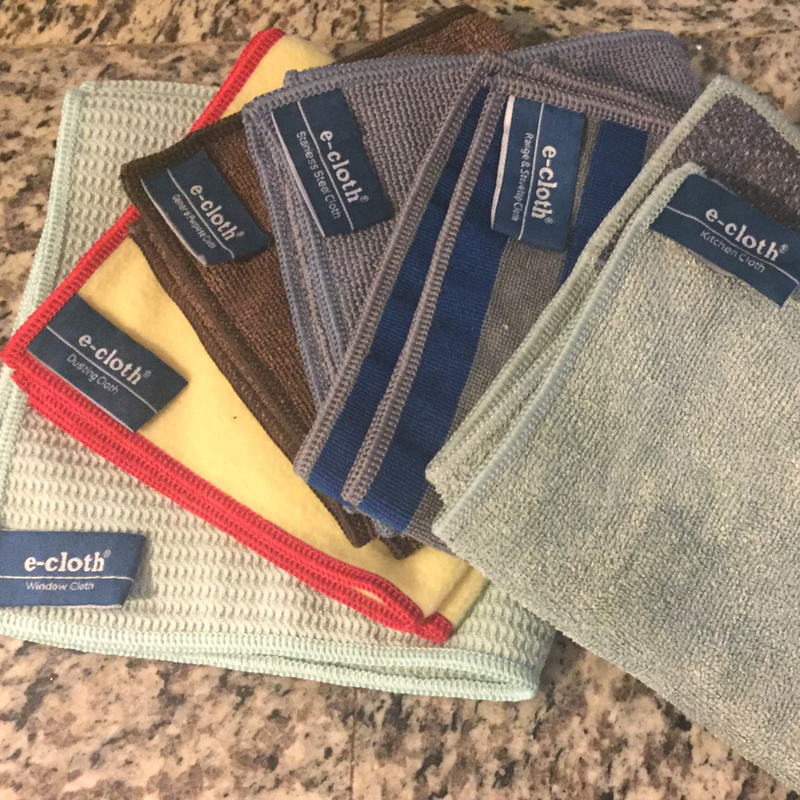 Are you looking to clean your home naturally without all the harsh chemicals? Spring is here and I have the answer! #springcleaning #ecloth #planttherapy