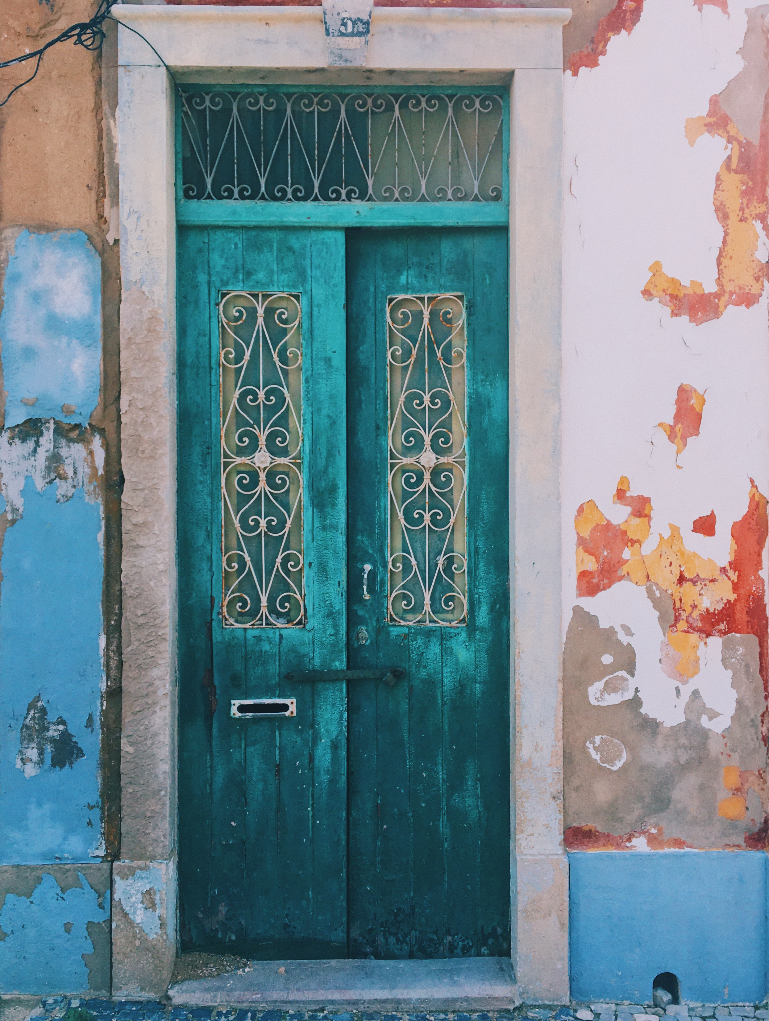 A colorful door in Faro.