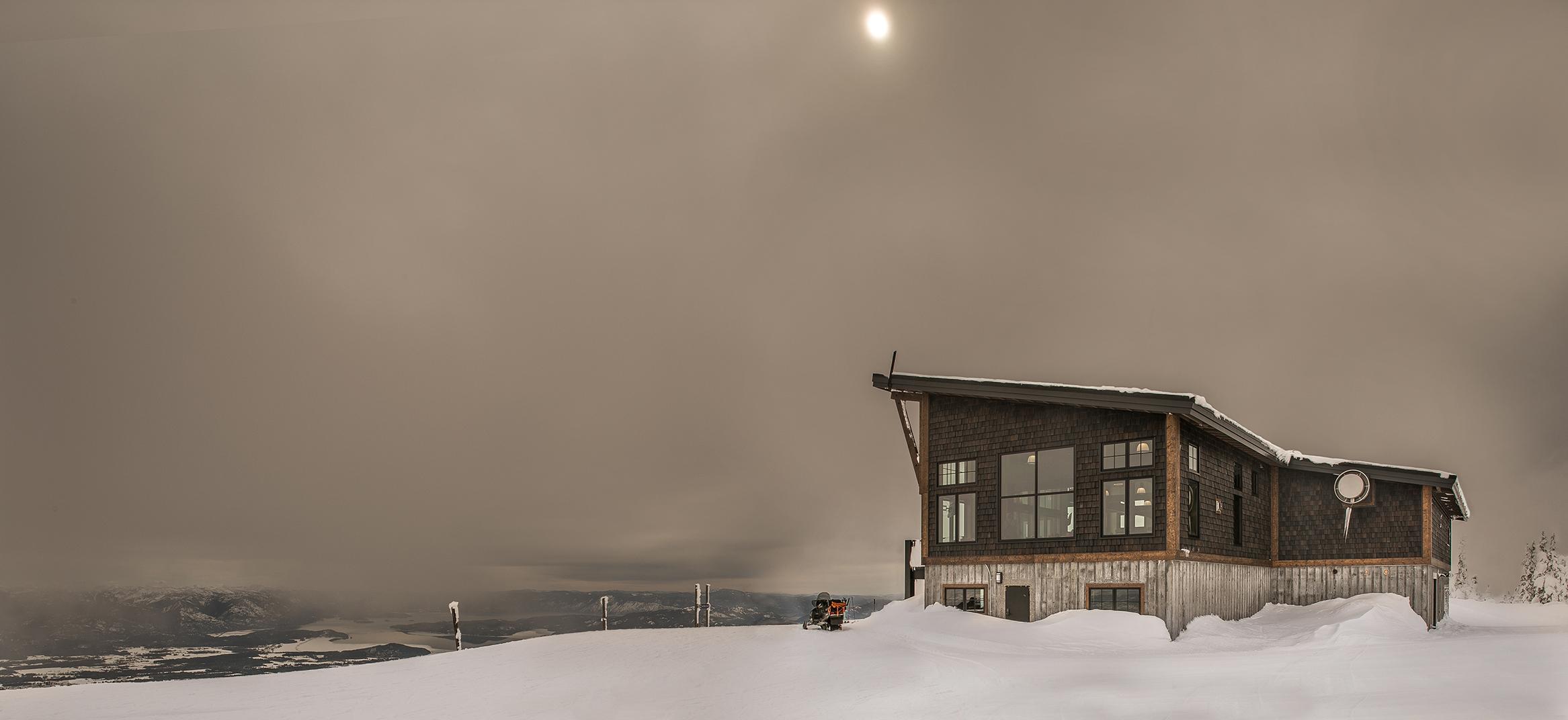 Skyhouse-Exterior-Sky-Schweitzer-Lodge.jpg