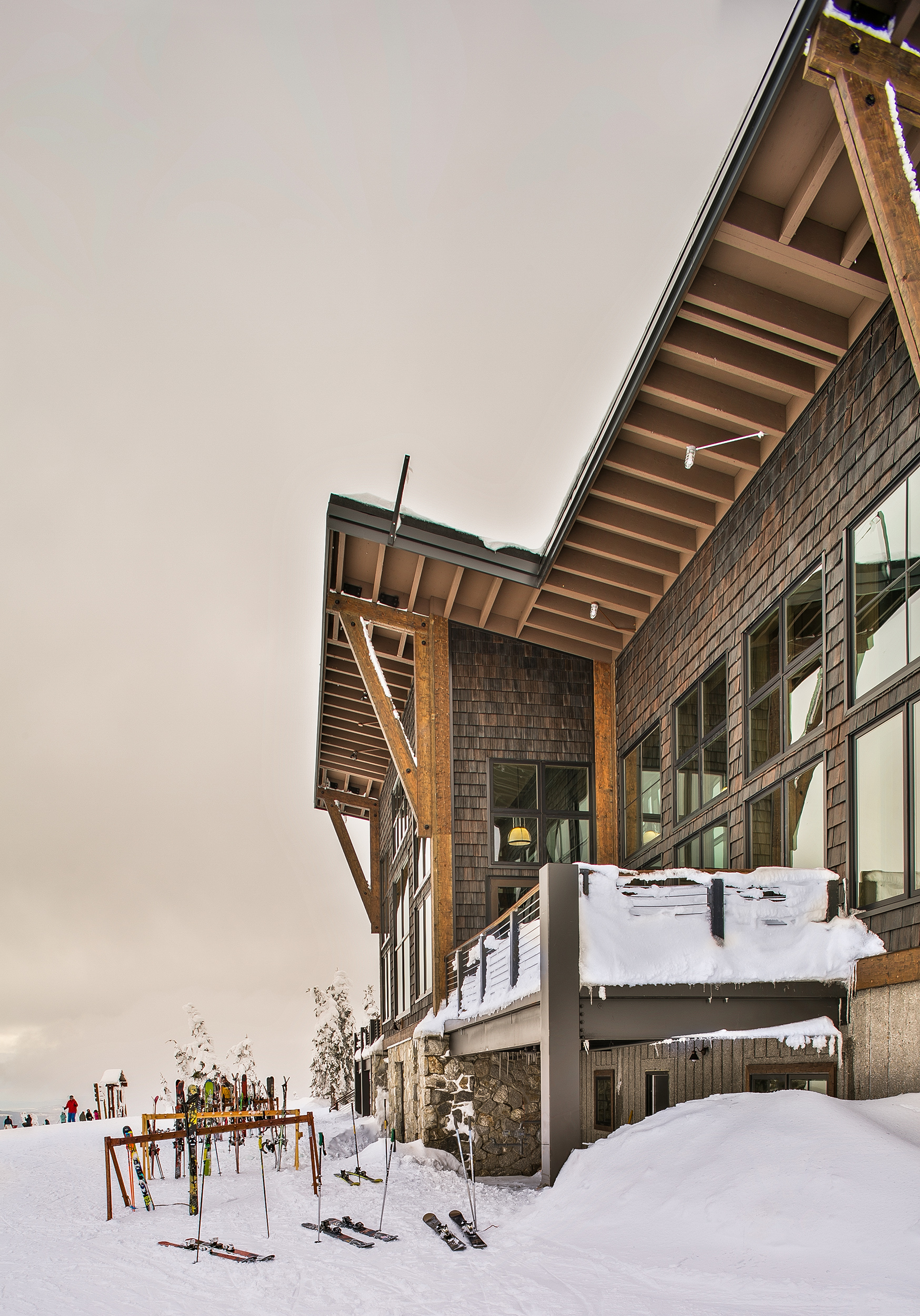 Skyhouse-Exterior-Sky-Schweitzer-Lodge-beams.jpg