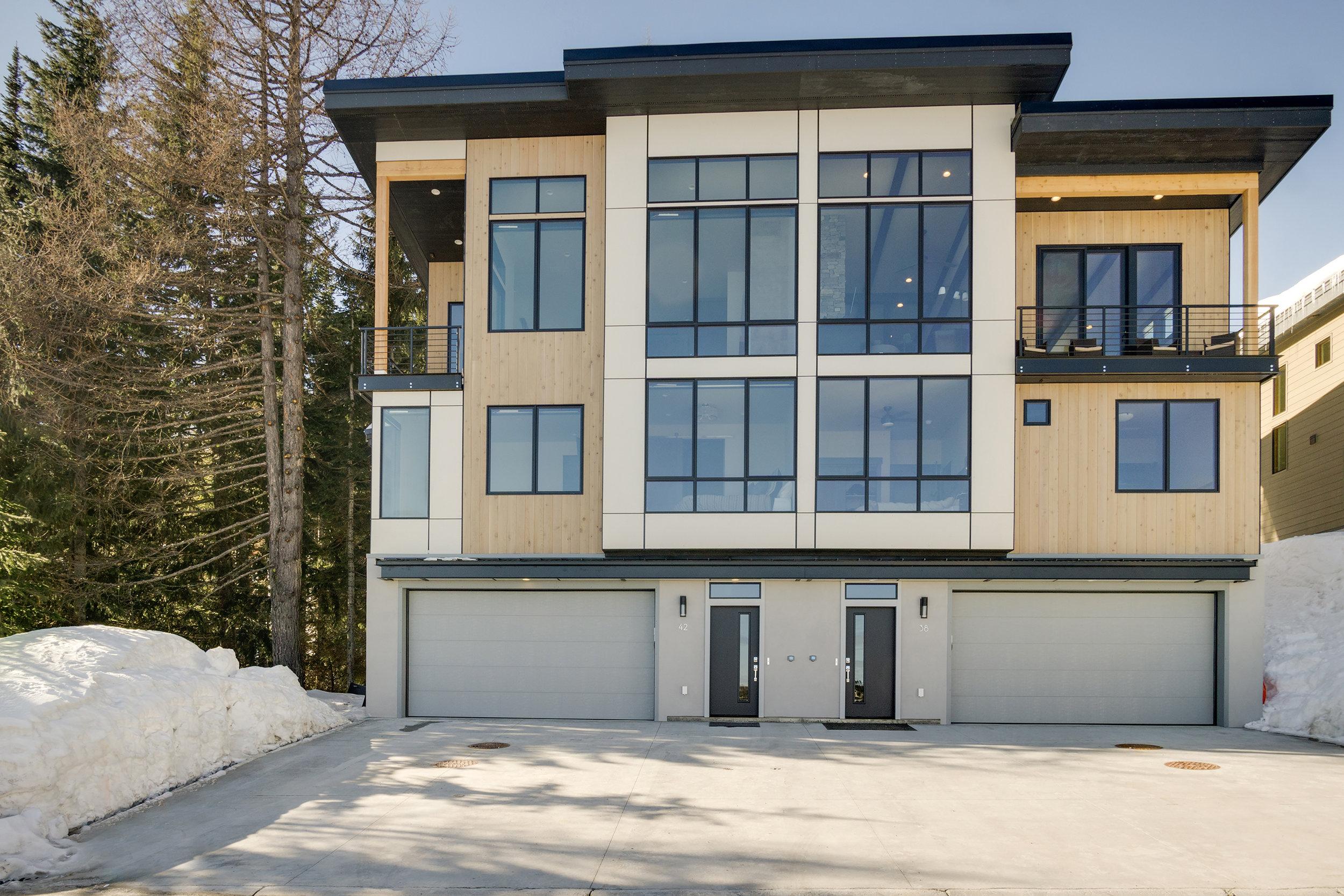 Residence-Modern-Mountain.jpg