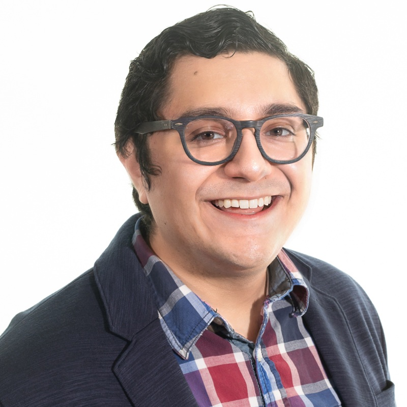 Alex_Correa_Headshot.jpg
