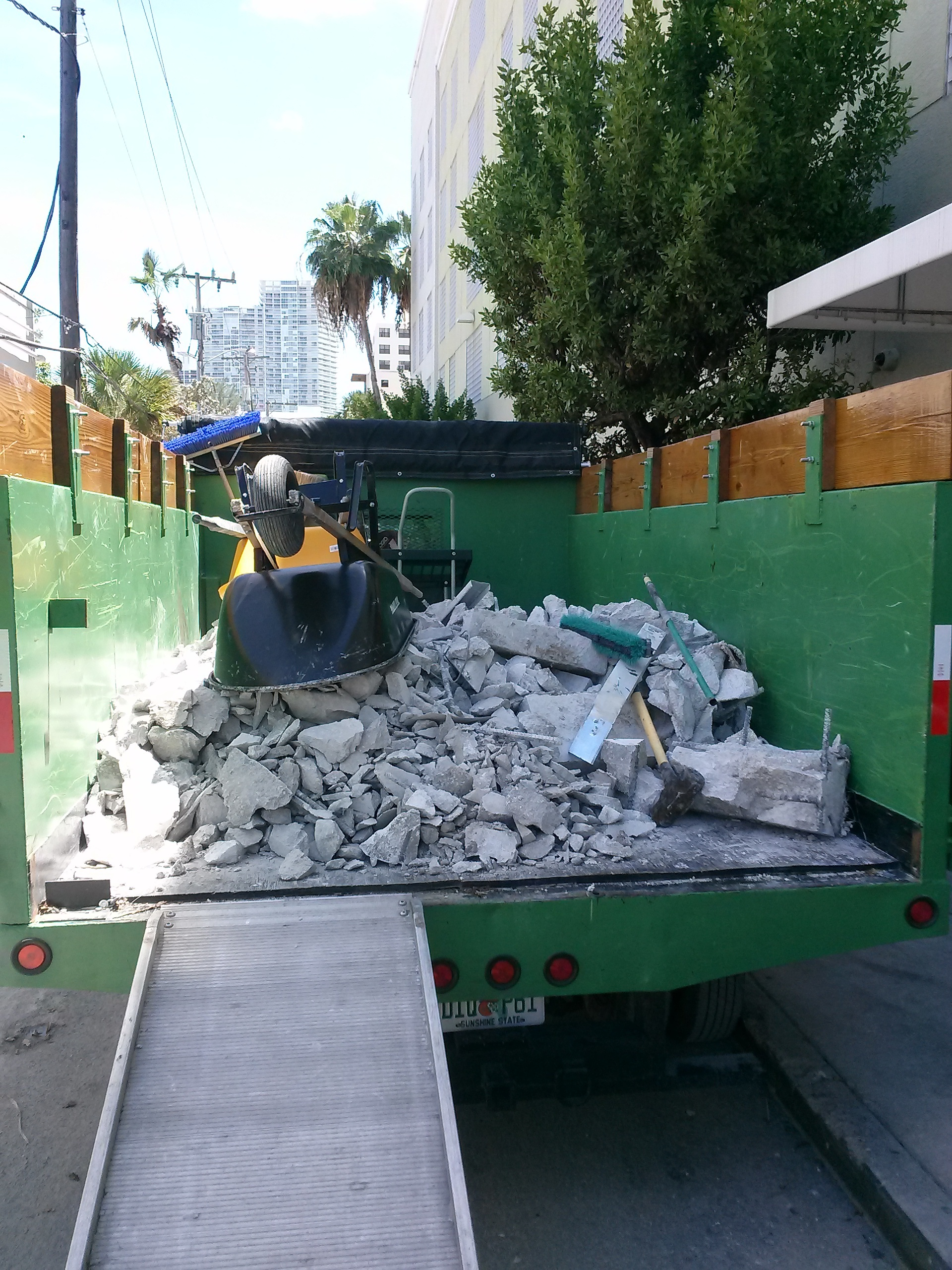 c&d-removal-miami
