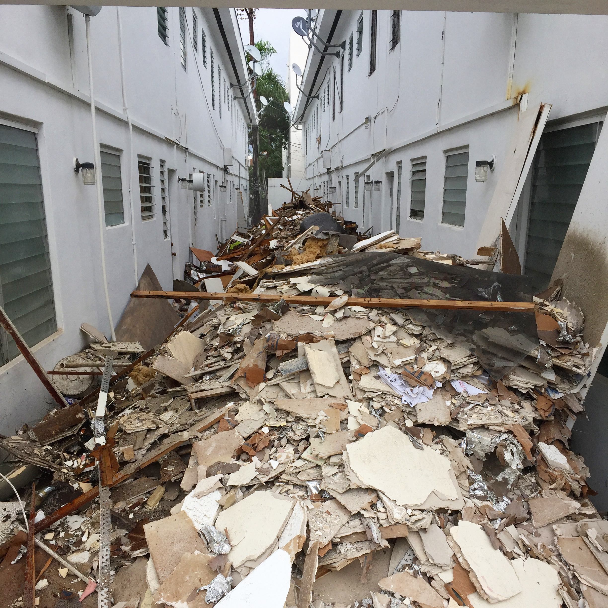 construction-debris-removal-miami