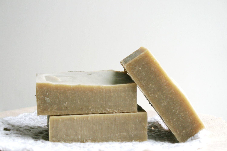 Source: https://www.etsy.com/il-en/listing/195848389/rhassoul-clay-shampoo-bar-all-natural