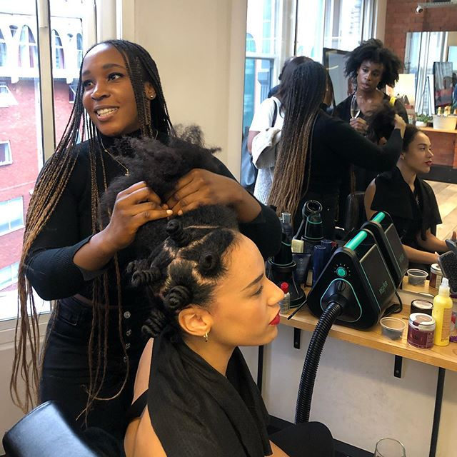⁣So we went to the UK RevAir launch last week! And wow. Okay so this is innovation 👌🏾⁣ ⁣ What did we see? We were keen to find out if RevAir works on kinky and curly natural hair. In fact it felt like the RevAir (calling it RA for short) is tailored MOST to black hair. That was probably an accident but there you go. This is because it fixes the three issues you always worry about with natural hair:⁣ ⁣ + HEAT: the RA uses low heat and vacuum technology which sucks the water out of your hair ⁣ + SHRINKAGE: the RA basically stretches your hair for you. The vacuum technology creates automatic tension which effortlessly straightens hair with low effort⁣ + DETANGLE: this is my favourite part. Because the RA stretches your hair, you don't have to detangle it beforehand. Once it's stretched, it is so much easier to detangle. ⁣ ⁣ So it how much is it???? This is the part where things get sticky. £349. So I'm saying, you're gonna have to think of this as an investment. Instead of getting that wig or that expensive treatment at the salon or buying all those new hair products. You might need to bite the bullet once and save hours and hours of hair styling time. ⁣ ⁣ I dunno, I'm still trying to decide. What do you guys think!? 😭