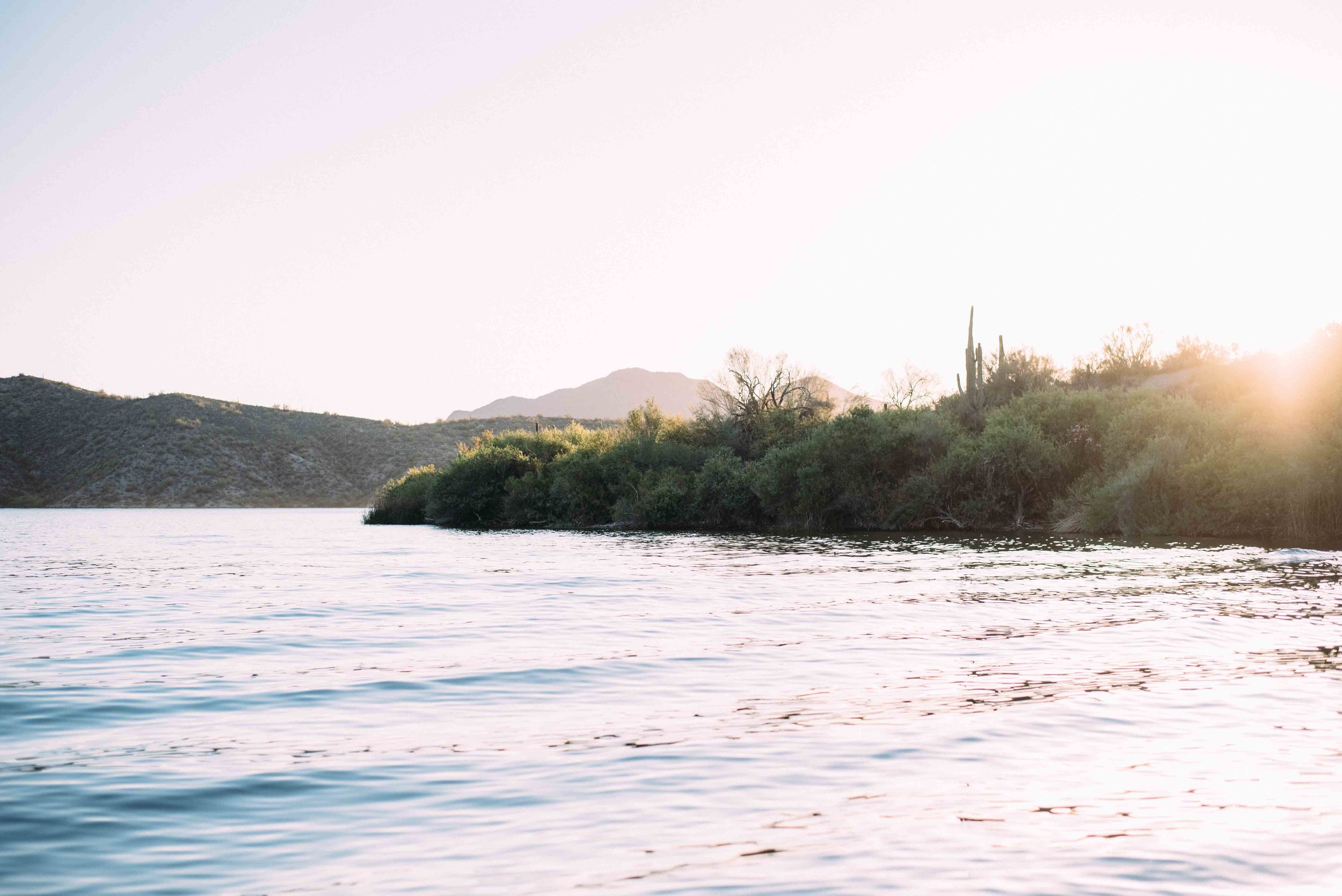 Alyssa Ryan Photograph Saguaro Lake Engagement