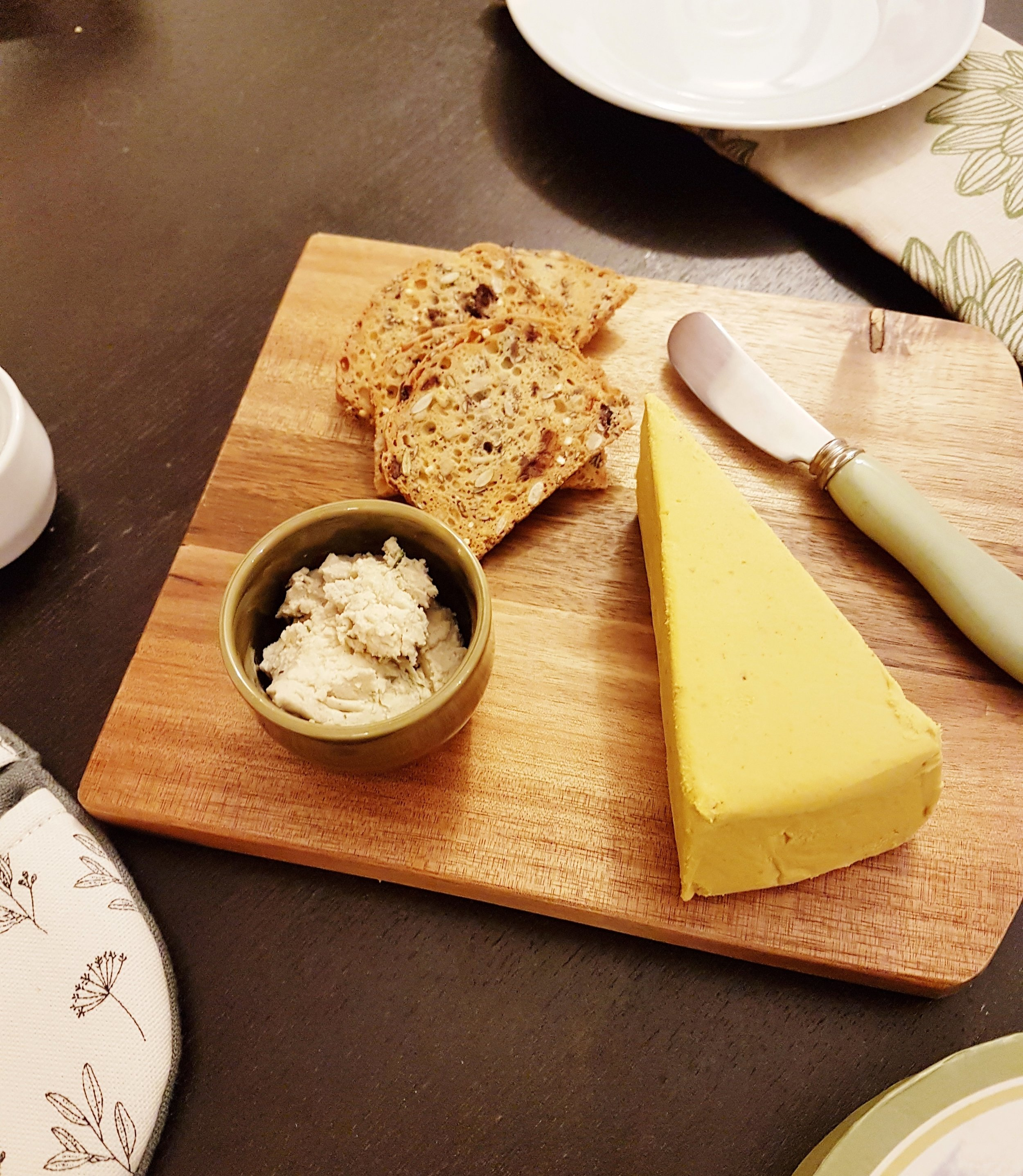 Nuts for cheese - Cheddar au chipotle & Zengarry - Ail et fines herbes