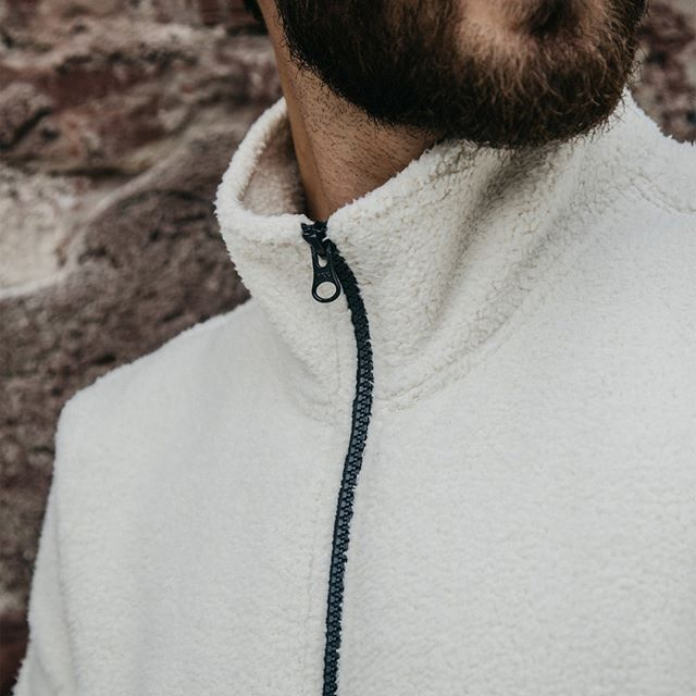 Since the beginning, we've focused on producing the best menswear with the finest details. Our designers look at everything from fabric drape, weight, yarn, material, and more to ensure every piece we produce is packed full of style and comfort.   This season's Hammersmith Half Zip features cozy poly fleece with a zipper from YKK, our choice manufacturer for zippers and one of the most reliable in the world. Tap our bio to shop. #lifeafterdenim