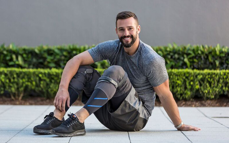 Össur - January 2017 - currentUnloader One Lite knee brace launch –celebrity partner campaign with TV personality Kris Smith to launch product and raise awareness for osteoarthritis.