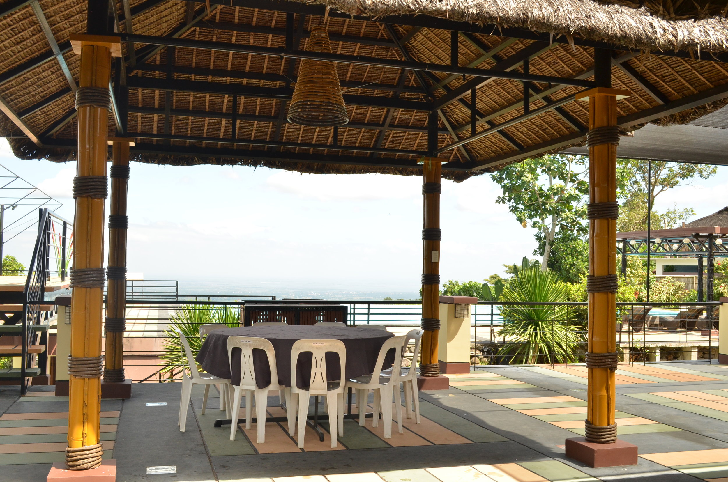 Upper Boardwalk - table set up - P800.00 good for 10.JPG