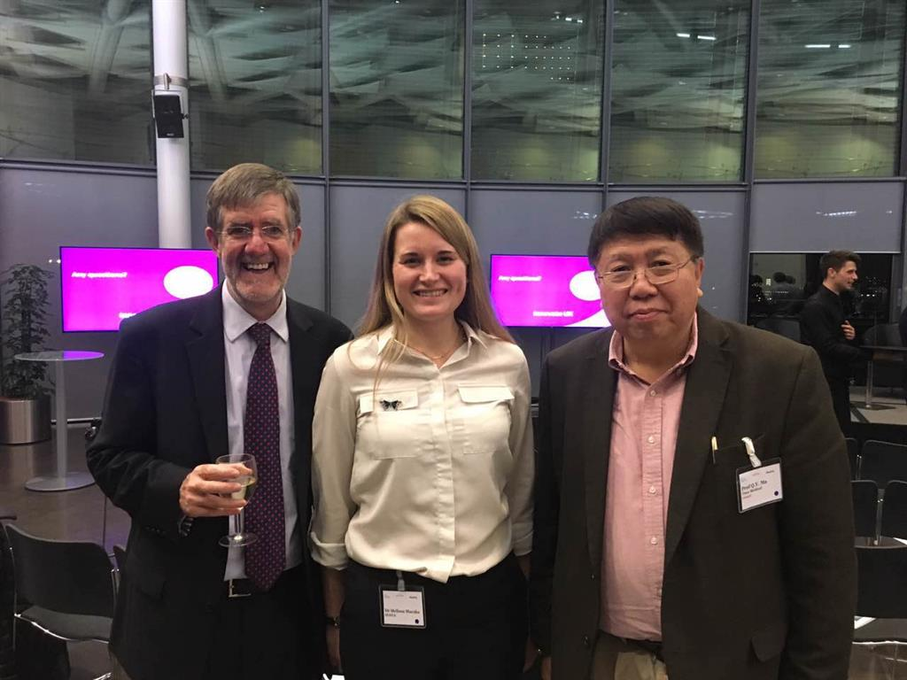 Professor Ma and CEO of MedCity, Professor David Parry.