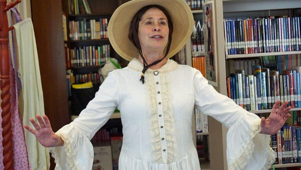 Sybil Rosen as Emily Dickinson - Photo by Margery Bouris