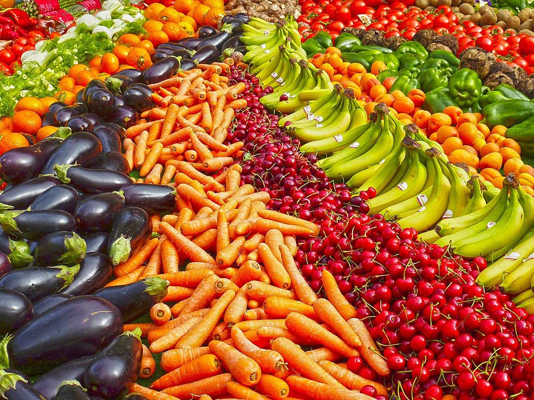 abundance-agriculture-bananas-264537_OPT.jpg