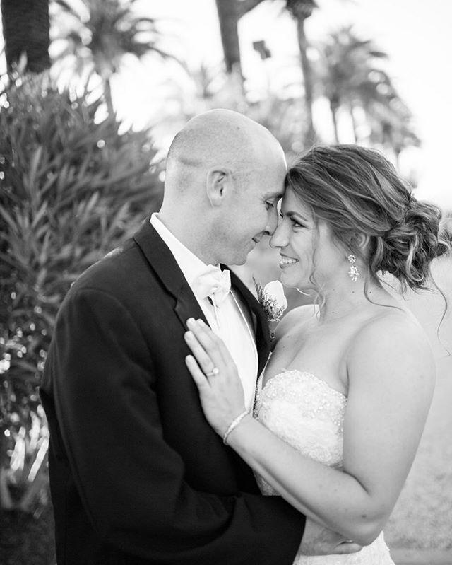Happy 3 year anniversary to these two 💕  I'm a sucker for black and white photos. Anyone else? . . . #sarahbridalbeauty #bridalhair #bridalbeauty #weddinghair #upstyles #hairandmakeupbysteph #hairoftheday #bayareahairstylist #love #bridalbeauty #redken #designme #kenraprofessional #samvillahair #hottools #kevinmurphy