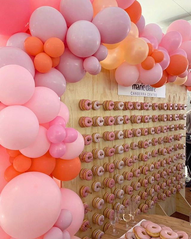 • W A L L  O F  Y U M • Don't know about you, but this is basically all out dreams come true. Want a donut wall for your event? We've got you covered! Teaming up with our friends at @theeventspace for the @marieclaireau Fashion & Beauty night at @canberracentre. We don't always do donut walls but when we soon, our garlands match the icing 💁🏻♀️💕🎈 • • • • • #balloondecor #balloongarland #ballooninstallation #partystyling #qualatex #organicballoons #partyincolour #balloonstylist #globos #partyinspo #partyinspiration #partyballoons #balloonssydney #sydneyballoons #karaspartyideas #eventstyle #sydneyevents #ohitsperfect #theeventcollectivex #flashesofdelight #dscolor #abmlifeisbeautiful #abmlifeiscolorful #pursuepretty #abmhappylife #thehappynow #flashesofdelight  #myeventstylist #everydayIBT