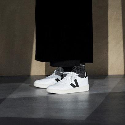 veja-black-and-white-trainers.jpg
