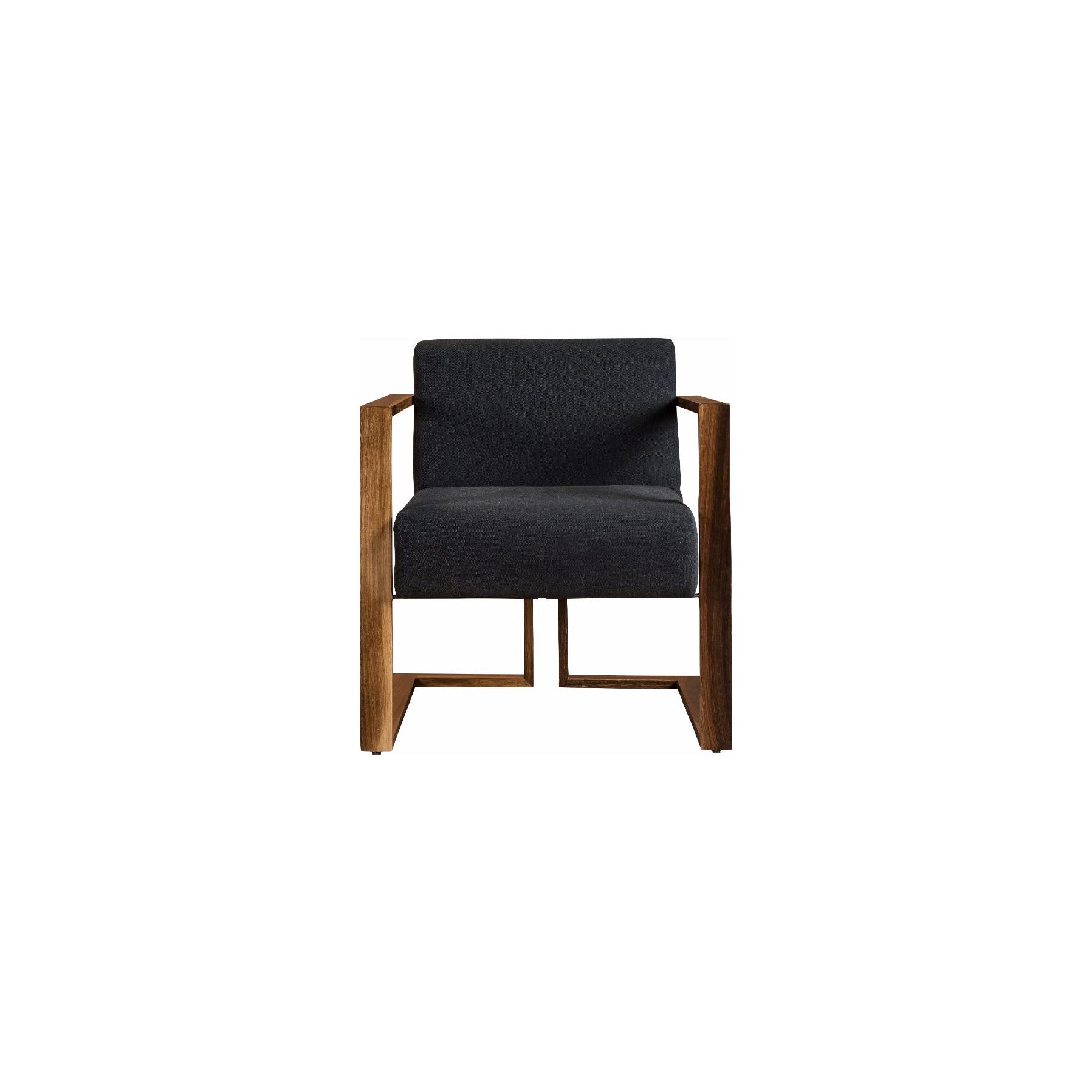 Ollin Loungechair copy.jpg