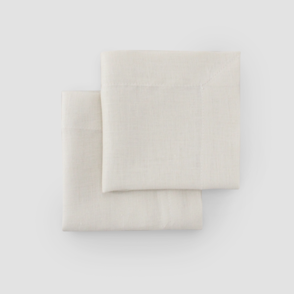 IVORY | LINEN  Size: 50 x 50 cm with 5 cm edge  IDR 7,500/per piece  Qty Available: 137 pcs