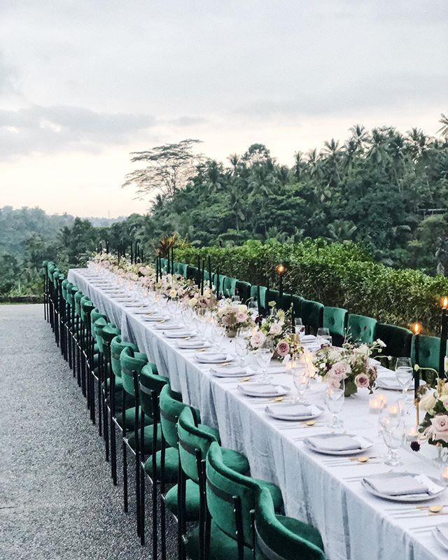 Dinners in Ubud valleys overlooking the Ayung river look a little like this. 😍 @paper_diamonds @alilaubud @theislecobali can't wait to see the real images from @erinandtara 🙊🙊🙊 #bts #iphone #jellee